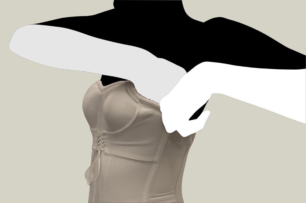 セミロングブラジャーの着用方法03