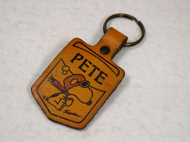 """ビンテージ Aviva 1970〜80's スヌーピー レザーキーホルダー フライングエース """"PETE"""""""