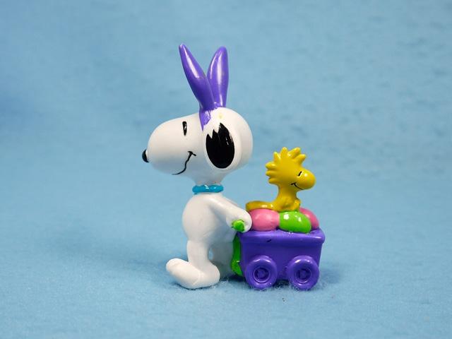 ビンテージ Whitman's 90' スヌーピー  PVC フィギュア Easter ワゴン