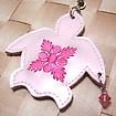 ハワイアンキルト刺繍 携帯ストラップ ビッグホヌ(ビーズ付) ガラスパール地/ピンク