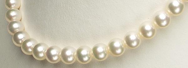 艶やか優しいピンクの大珠8�-9�ネックレス
