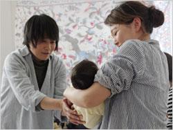 赤ちゃん抱っこ教室にて