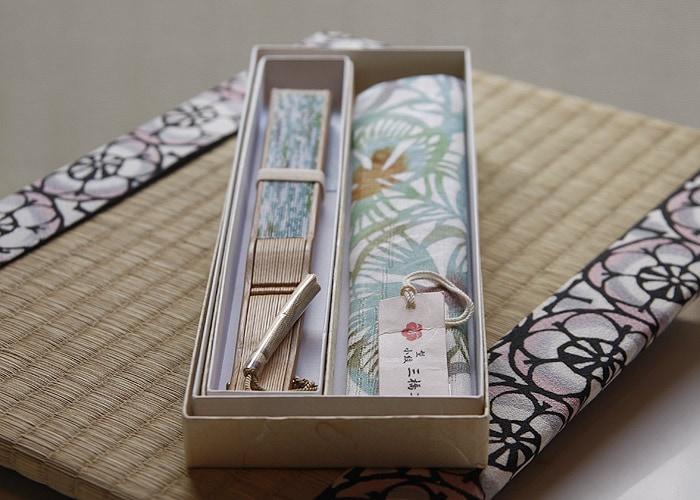 型小紋染 型小紋 ケース付 布扇子