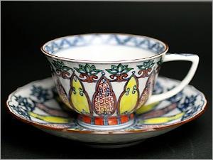 幾何紋赤絵小紋珈琲碗皿