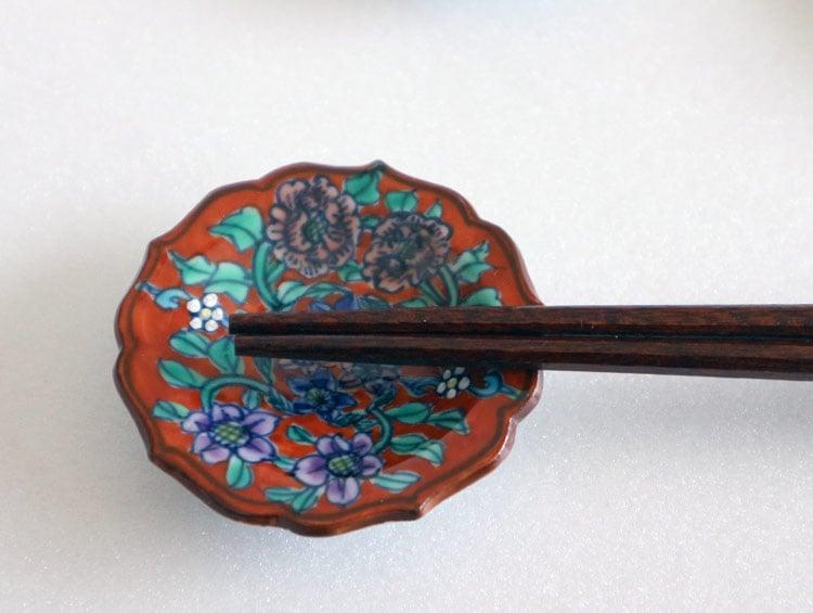 京焼清水焼 箸置き 豆皿赤地牡丹鉄線(5客)