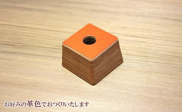 栃木レザー総手縫いのペン立て