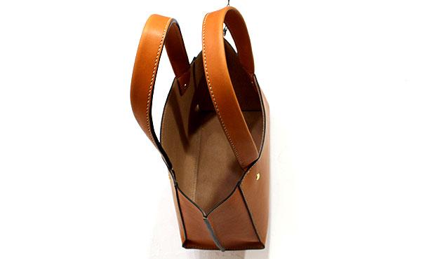 栃木レザーハンドバッグ【オーダーメイド お好みの革色糸色選べます】送料無料