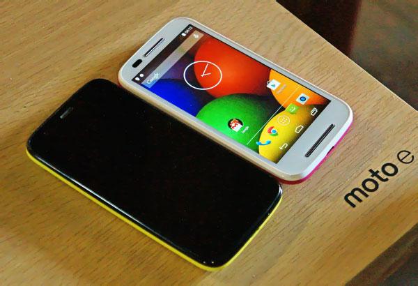 SIMフリースマホ Motorola Moto E XT1021 販売
