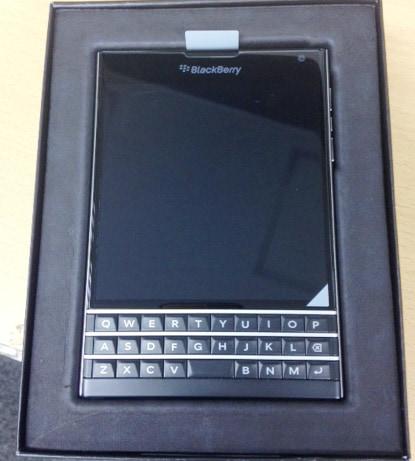 BlackBerry Passport 販売