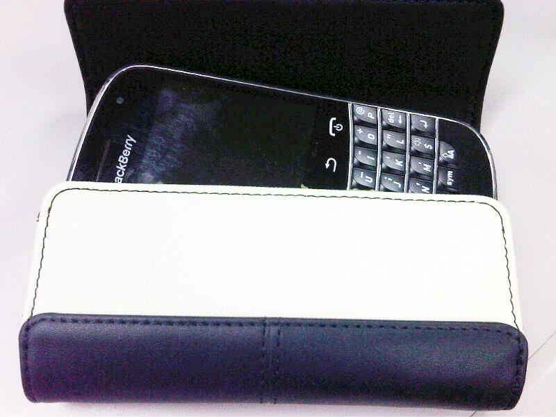 Blackberry Leather Folio Sandstone ケース 9900
