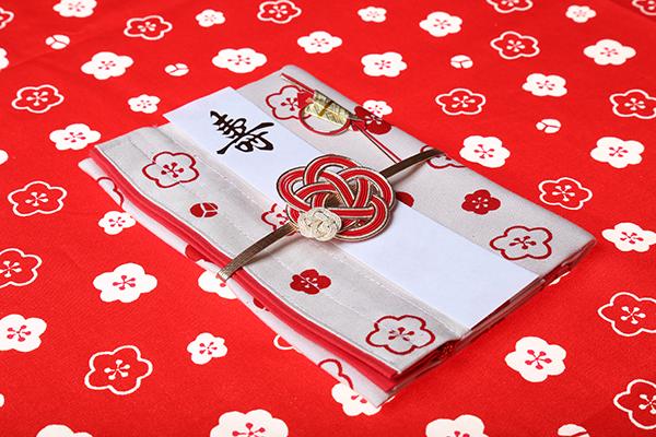 結姫のご祝儀袋が贈られました。