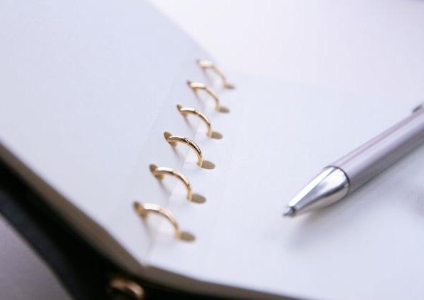 万年筆とキーボード