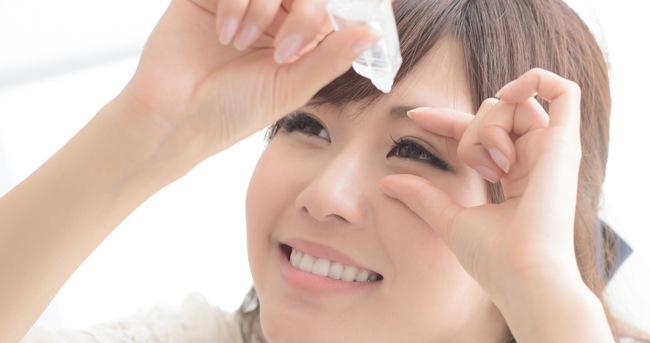 装着時には気を付けよう! カラコン使用中の目薬について