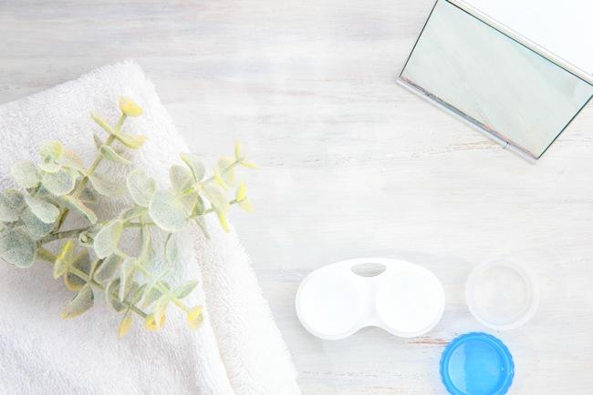 安全に使用するには、カラコンケースの清潔キープが重要!