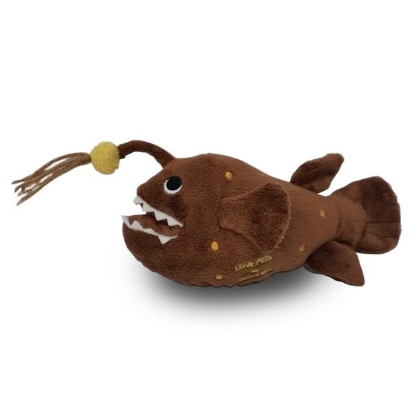 ベストエバー得意のペットトイ海物シリーズにチョウチンアンコウが新登場!チャームポイントのアンテナもしっかり健在♪シャカシャカ&キュッキュ音が鳴ります。