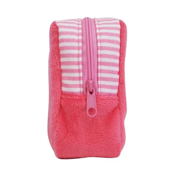 マチが4cmもあってたくさん入るトイプードルのポーチ。お散歩バッグと同シリーズでセットで持ってもかわいいです。もちろんボア生地もフワフワで好感触♪