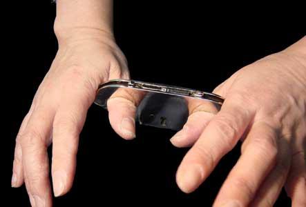 親指用手錠「HCF」(私人逮捕用)