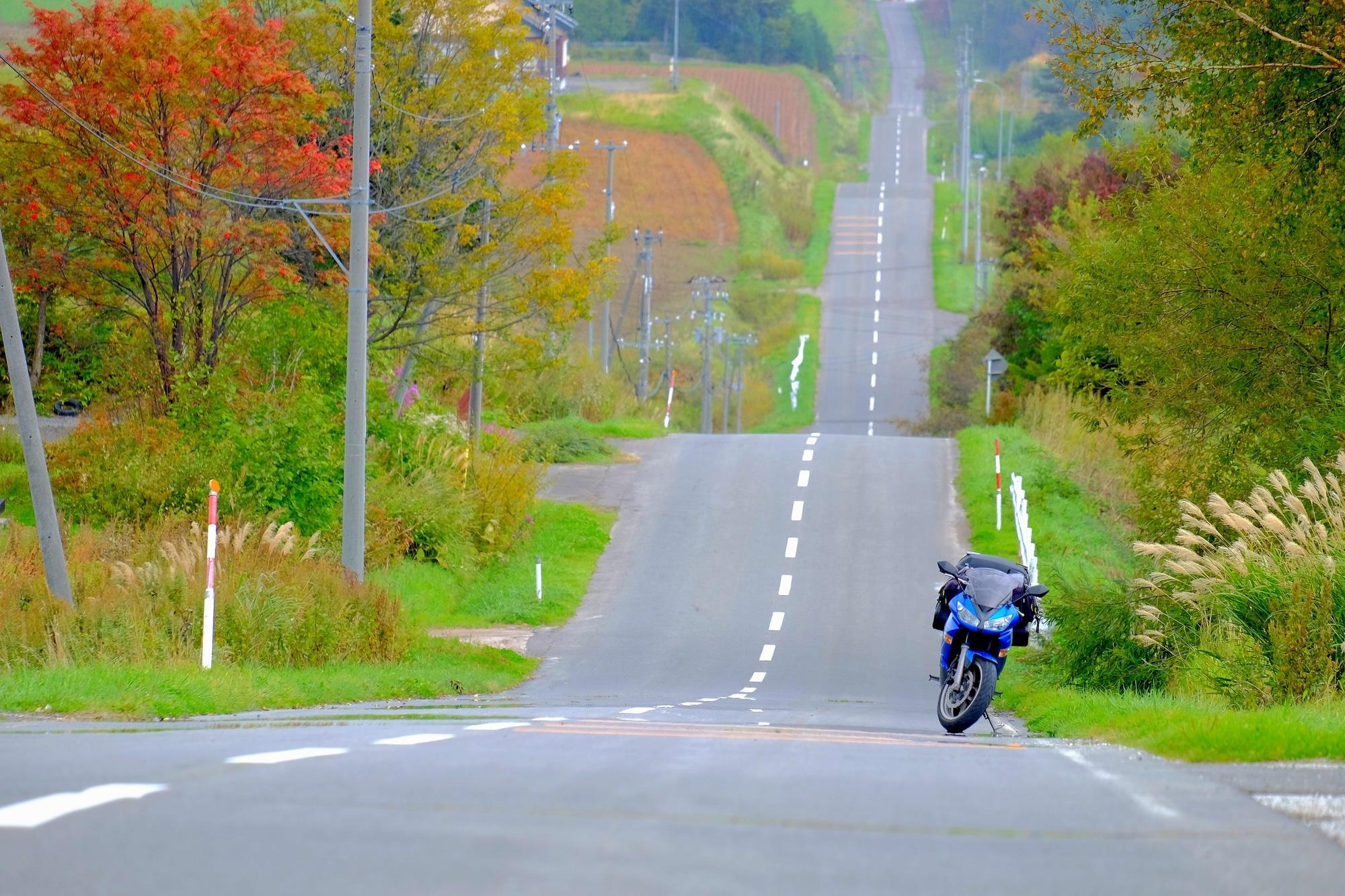 季節に合わせて雰囲気をガラリ!秋のメンズライダースコーデ!