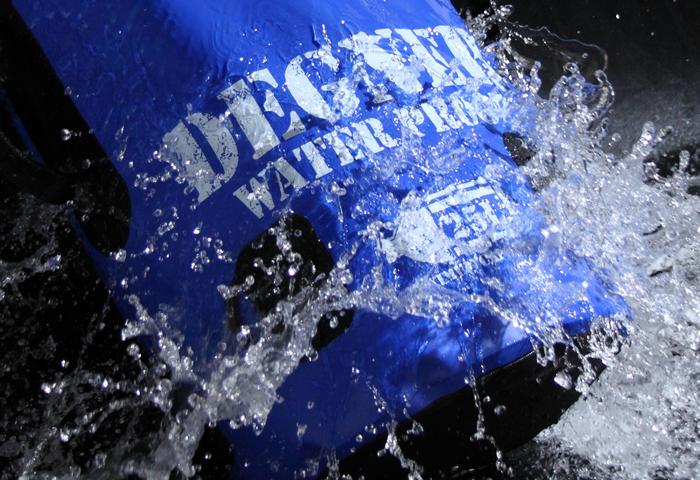突然の雨や梅雨の時期に最適!防水バッグを選ぶ際のポイントとは? 防水バッグ NB-130