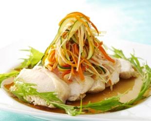 蒸し鶏のシャキシャキ香味野菜ソース