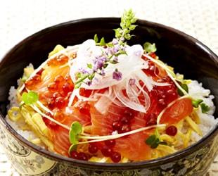 秋鮭といくらの親子丼