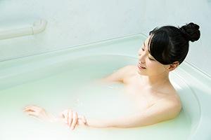『ケイ素の恵み』を入浴剤がわりに