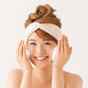 『ケイ素の恵み』ゴールドナノコロイド入り洗顔石けん【水晶の恵み】