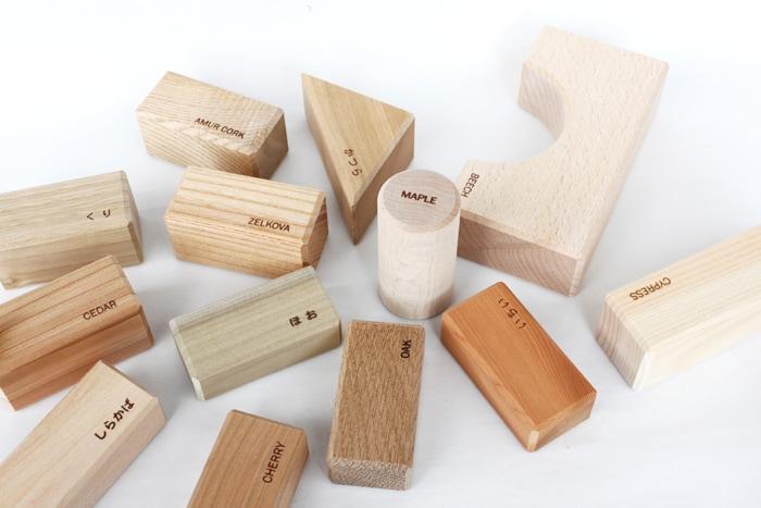 寄木の積木(英語入り)