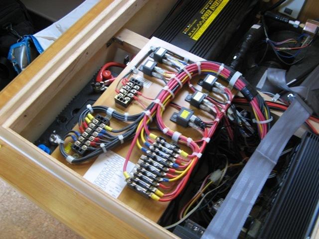 サブバッテリー2台