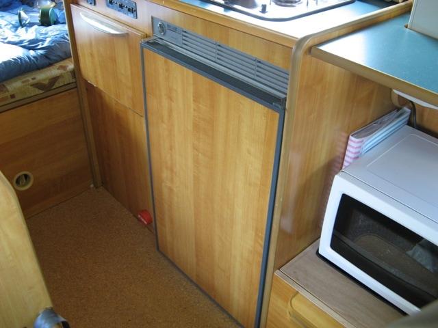 電気式の冷蔵庫を利用