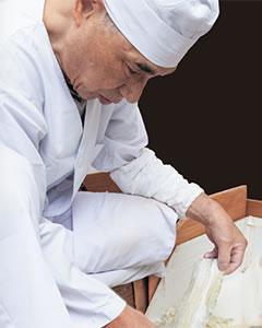 職人三田智則の極上とろろ昆布を作り出す匠の技を是非ご賞味ください