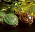 おたべちゃんのモチーフ入りチョコレートクランチ:八ッ橋クランチ