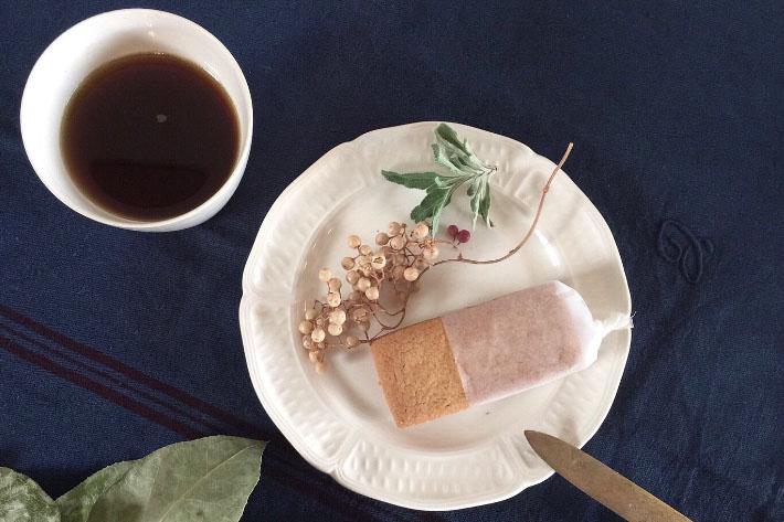 [antiques]花リム パン皿