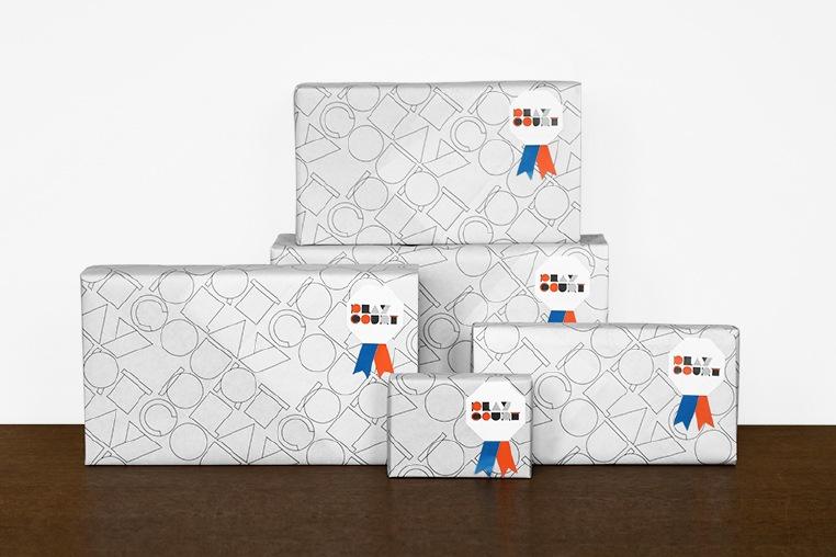 商品を入れる白のラッピング箱は、数種類ご用意しております。