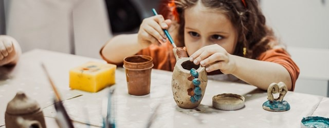陶器工作イメージ