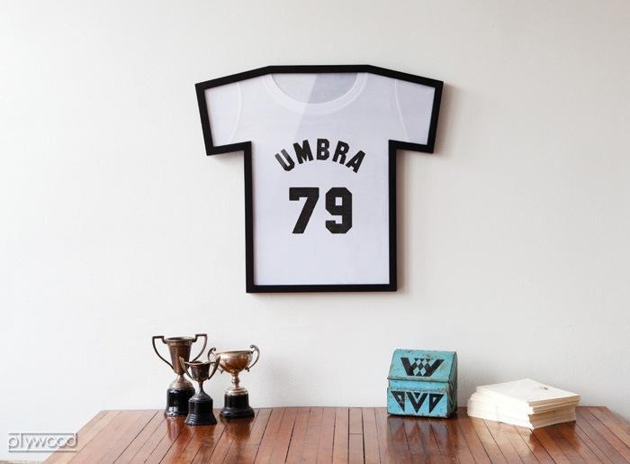 アンブラ umbra ティーフレーム ディスプレイ T-FRAME DISPLAY tシャツ フレーム 額 額縁 ディスプレイ ディスプレイケース 半袖 ファッション 壁掛け ポスターフレーム フォトフレーム おしゃれ インテリア