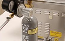 真空包装のガス封入に必要な器具