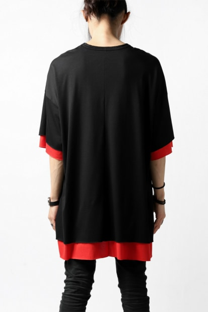 A.F ARTEFACT exclusive OVER SIZED LAYERED TEE (BLACK x RED)