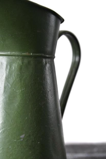 Antique iron tinplate Bigjug