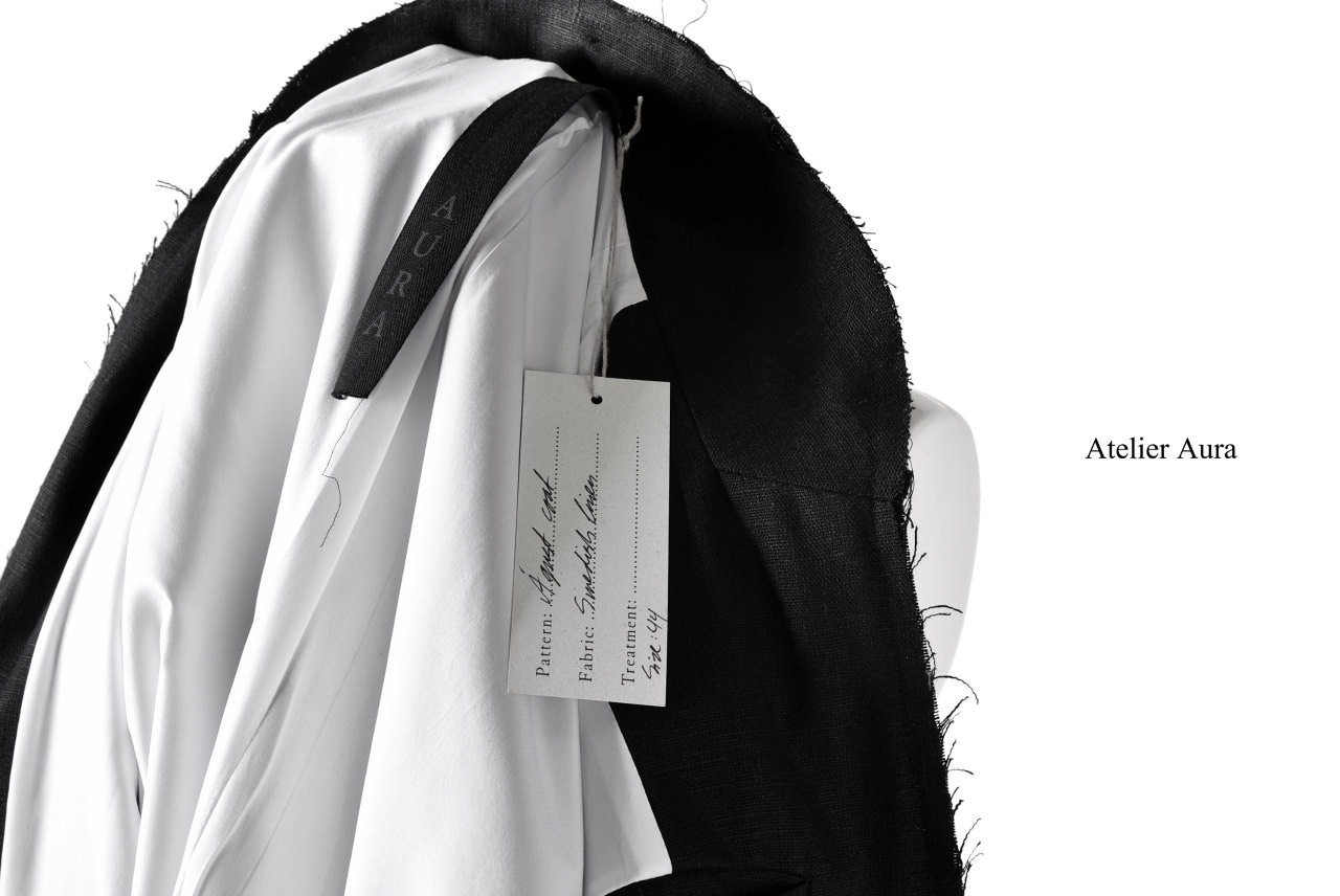 Atelier Aura exclusive Agust linen coat