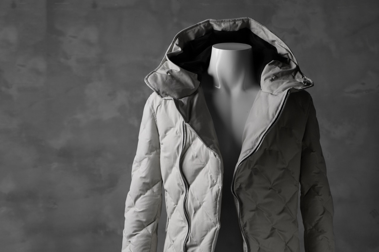 ISAMU KATAYAMA BACKLASH HOODED DOWN JACKET / [KANGAROO LEATHER / POLAND WHITE GOOSE]