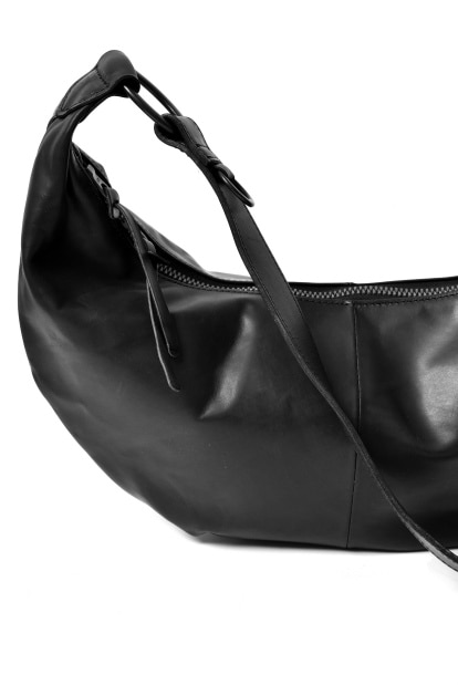 ISAMU KATAYAMA BACKLASH REGULATE GUIDI CALF SHOULDER BAG MEDIUM
