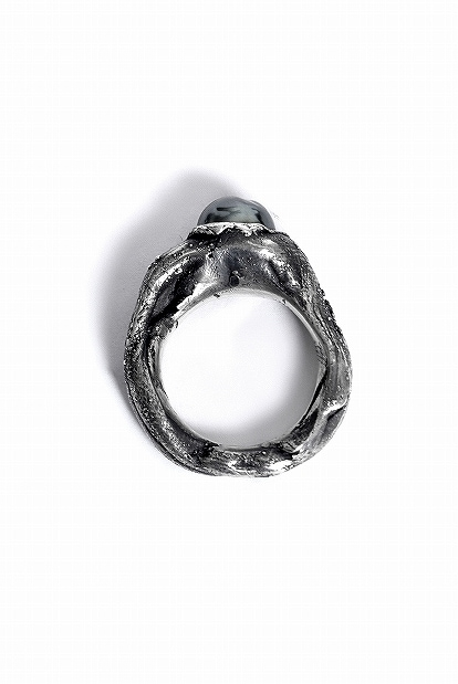 GASPARD HEX Pearl Impact Ring Small