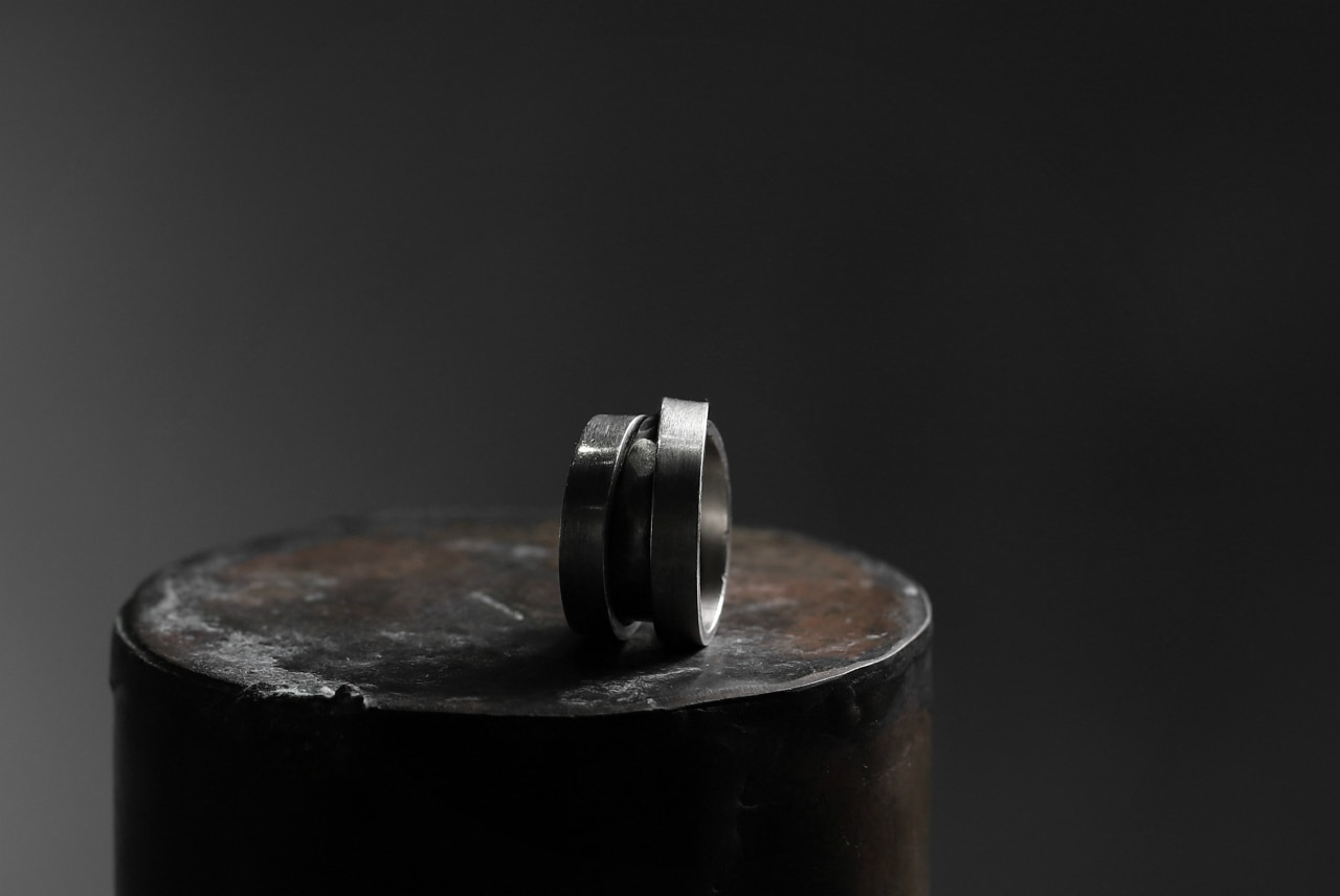 Holzpuppe Triple banded silver ring. The Middle part has unique texture