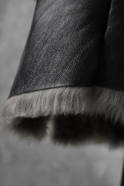 incarnation exclusive SHEEP SHEARLING MOUTON ZIP FRONT COAT