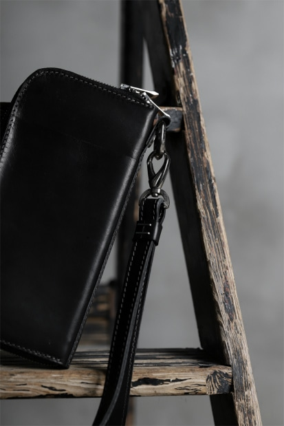 incarnation CALF SHOULDER LEATHER NECK STRAP
