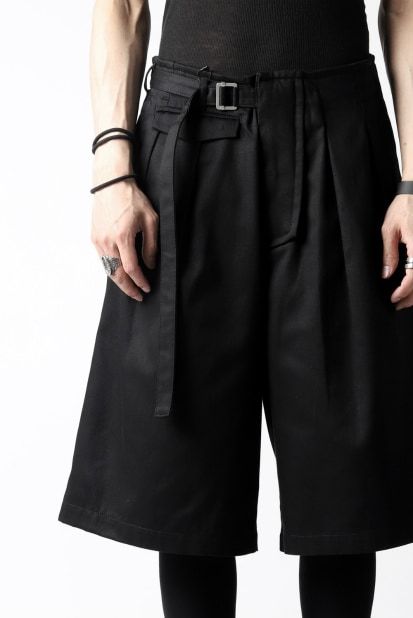 KAZUYUKI KUMAGAI 2 Tuck Trouser Style Short Pants [ Compact Cotton Twill ]