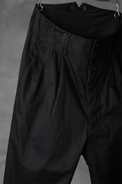 KLASICA MORROW HIGH RISE 3 TUCKED TAPERED TROUSERS / CHINO CLOTH