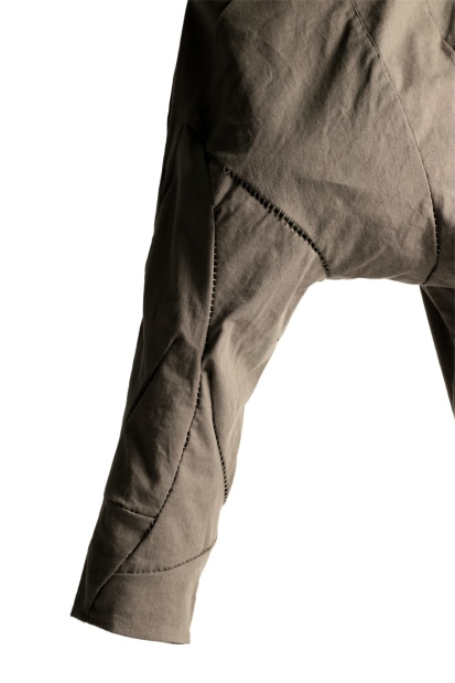 LEON EMANUEL BLANCK DISTORTION 3 QUARTER CHEM PANT / MUD TWILL