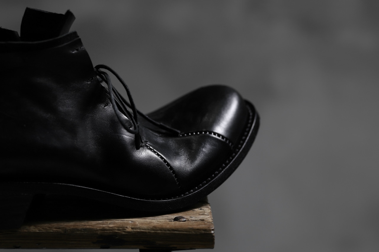 LEON EMANUEL BLANCK DISTORTION CURVED DERBY / GUIDI OILED HORSE